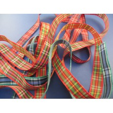Cinta Escocesa